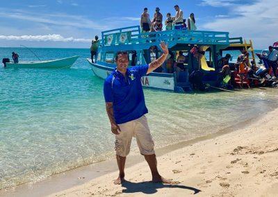 Grand Circle Island Tour - David- the main tour guide at No man land