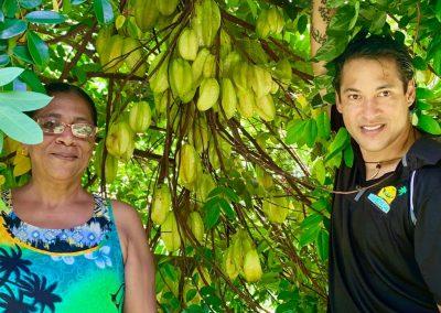 Grand Circle Island Tour - Local fruit